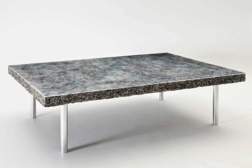 Coleccion de Muebles con Papel Reciclado y Resina