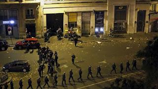 140 terbunuh, Paris diisytihar darurat