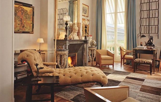 New home interior design chic paris apartments for Design apartment paris