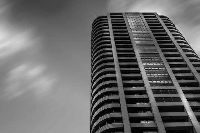 Edificio larga exposición
