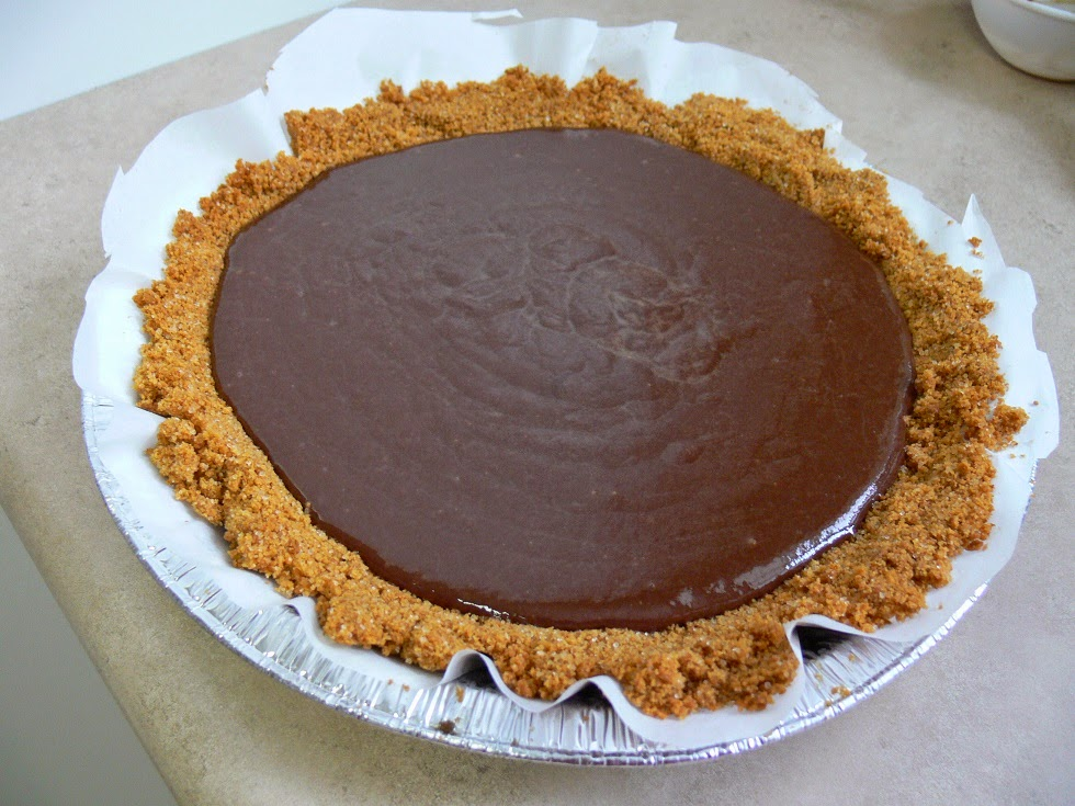 Chocolate Peanut Butter Pie in a Rice Treat Cake PIECAKEN