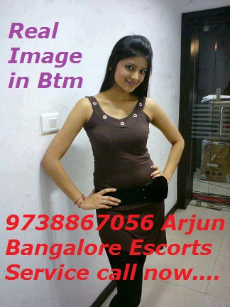 How to Pick the Beautiful Call Girls in Bangalore - Hotluzi