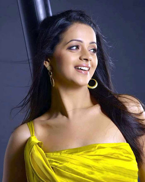 Tamil Actress Bhavana Sexy HD Photo