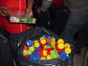 Actividades por el Día del Niño. Trae un juguete al colegio. afiche dia del niã±o