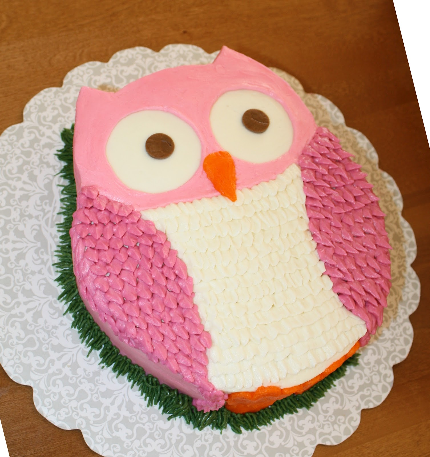 Easy Buttercream Owl Cake