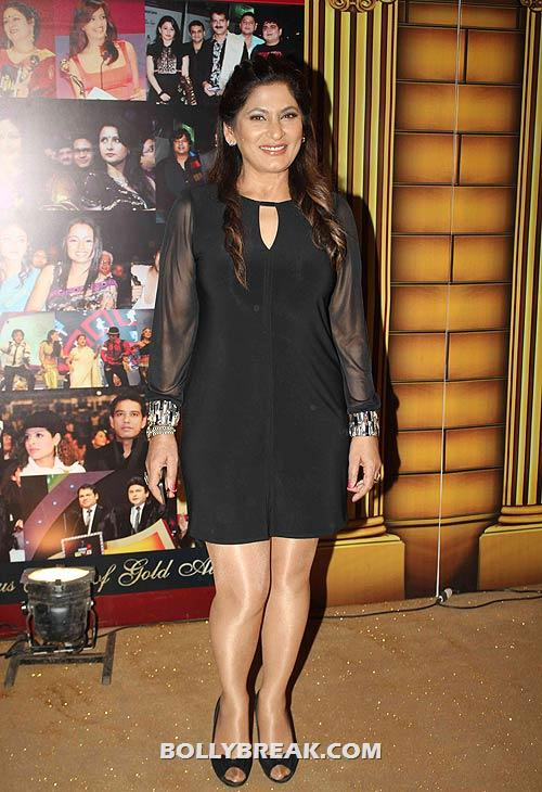 Archana Puran Singh - (4) - Star Gold television awards 2012 Pics