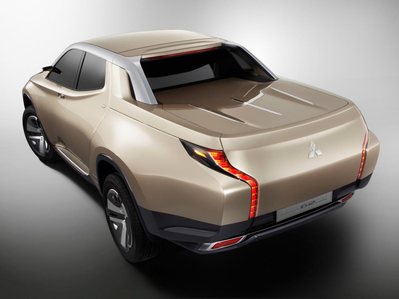 Mitsubishi+GR-HEV+2.jpg
