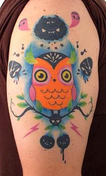 Fotos de tatuagens de corujas fofas e alegres