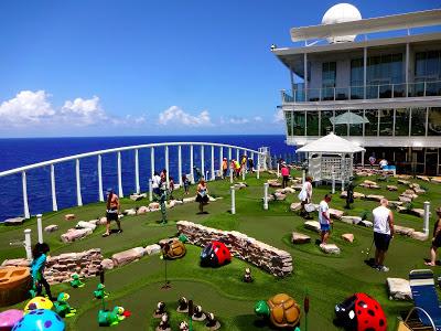 Oasis of the Seas Mini Golf