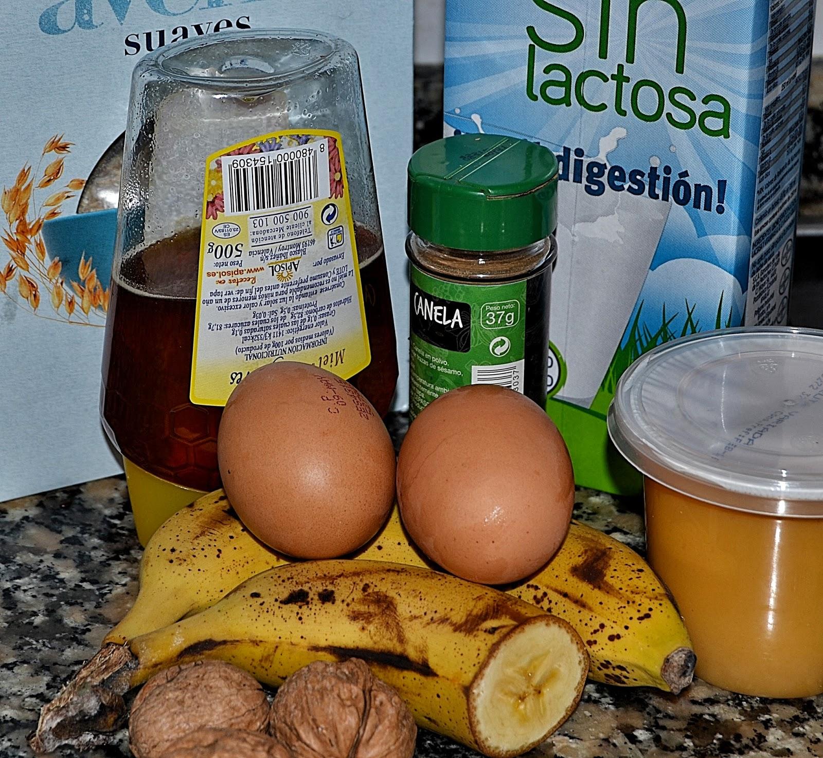 ingredientes magdalenas de plátano y nueces