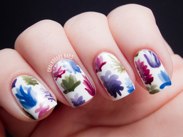 Chalkboard Nails: Succulent nail art inspired by Lindsay Nohl