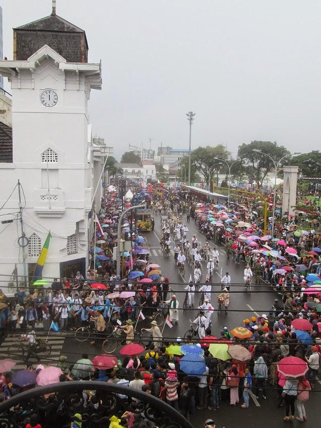 travelplusindonesia: Asia African Carnival 2015 Gemakan Halo-Halo ...
