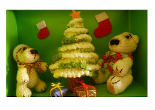 crochet christmas mini pattern polar bear christmas tree gift