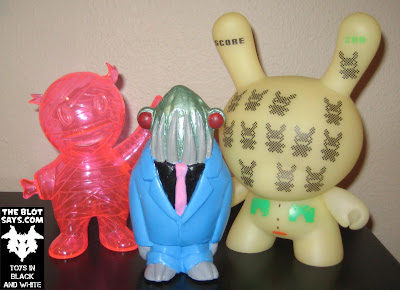 Toy Review: Kickstarter Edition Morgon XL Resin Figure by Motorbot with Super7 6 Inch Mummy Boy & Kidrobot 8 Inch Dunny