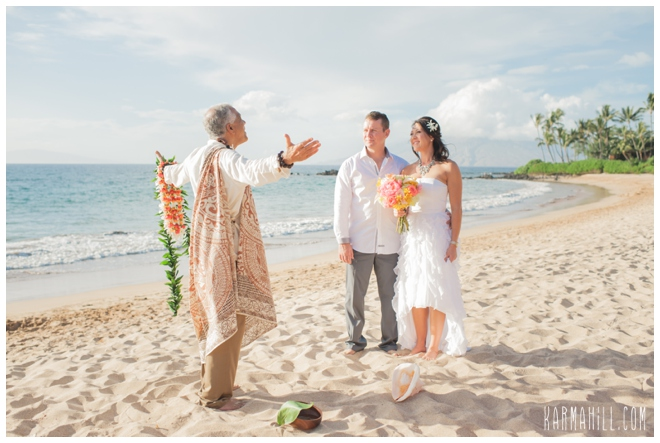 congratulations on your maui beach wedding christine matt we hope to see you soon for some maui family portraits