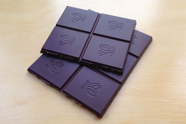 Vegan / Dairy-Free 60% Plain Chocolate with Coconut