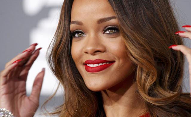 Estilo, look, famosas, Rihanna
