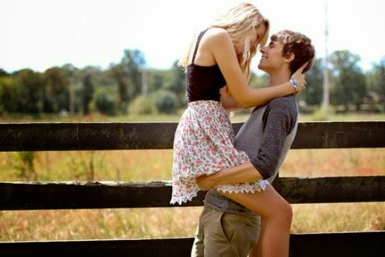 Boyfriend Girlfriend Romantic Couple Kiss Images Profile Picture for WhatsApp, Beautiful Romantic Bf Gf Lovers Lip lock Kisses Pictures Images Wallpapers.