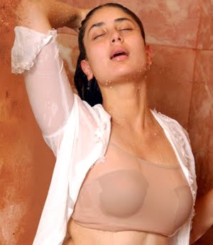 kareena kapoor sexy bikini photos 02