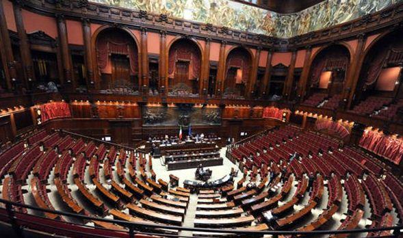 Postazioni di comando ariannadisegnadipingecrea for Sede senato italiano