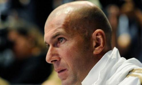 Zinedine Zidane pelatih Baru Real Madrid - Sisi Unik Zidane