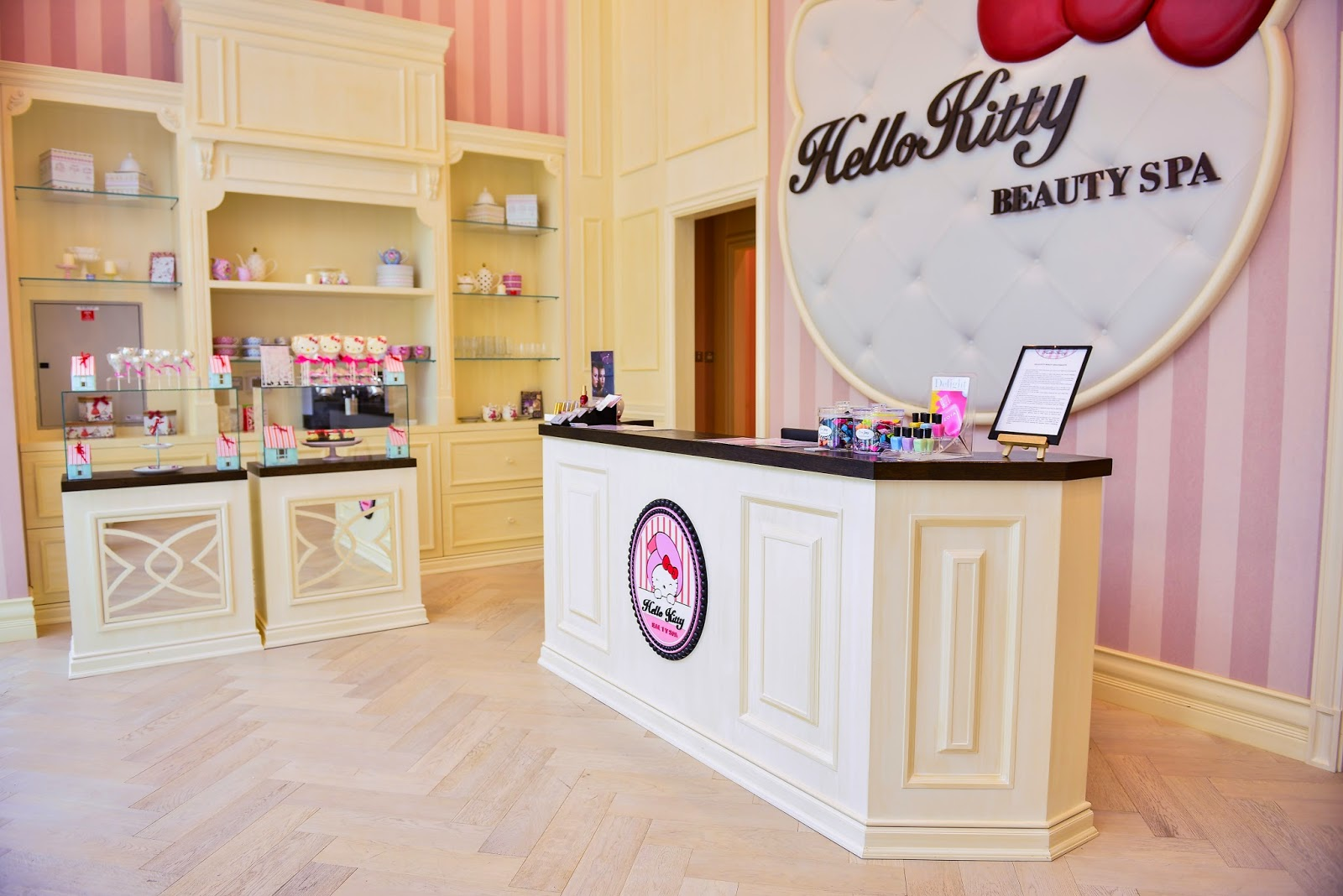 Grand opening hello kitty spa the dubai mall mommy in for 7 shades salon dubai