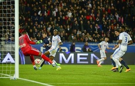 PSG Menang Atas Olympique Marseille 2-0