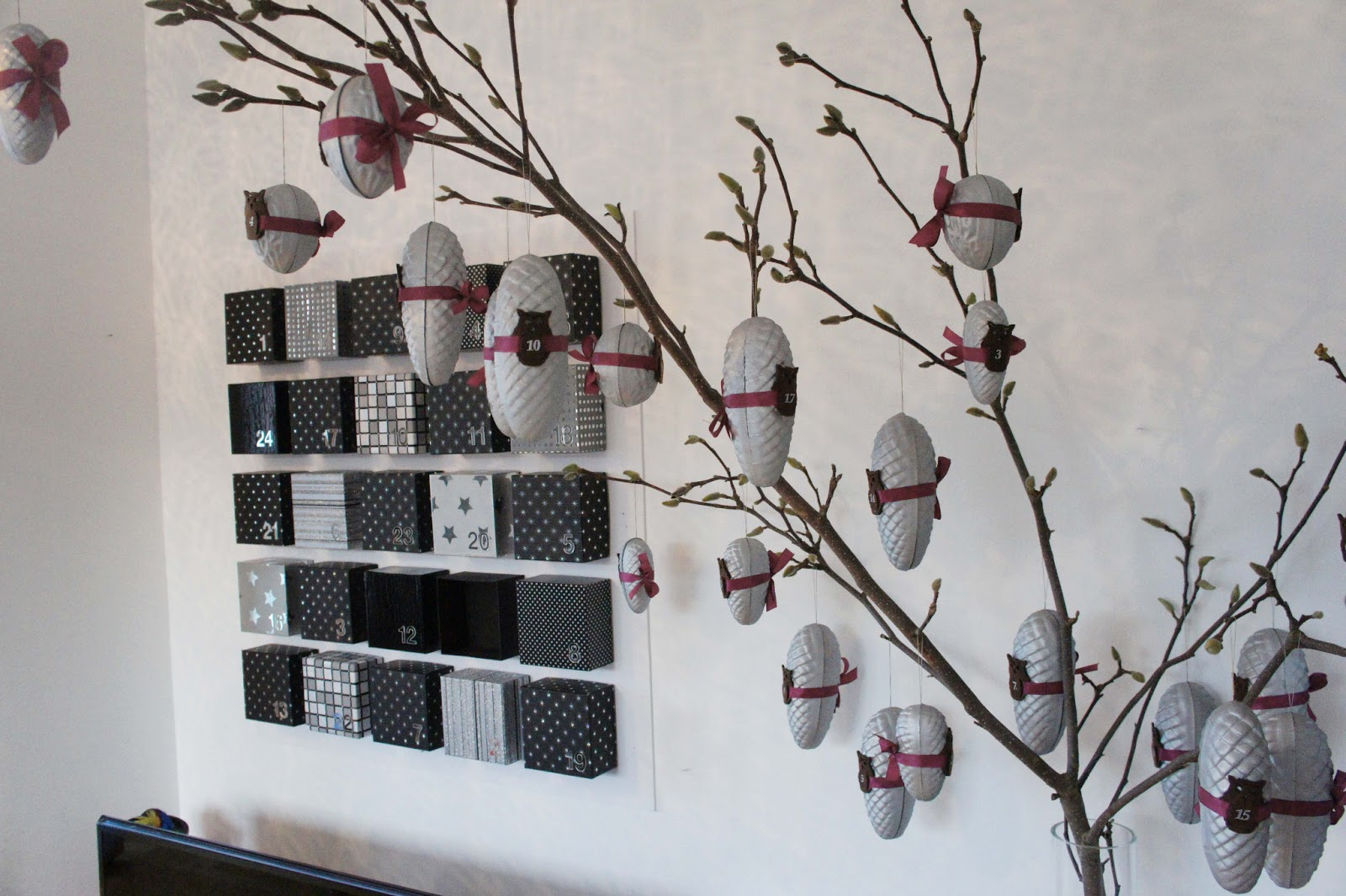 adventskalender tannenzapfen und waln sse made by j a m t. Black Bedroom Furniture Sets. Home Design Ideas