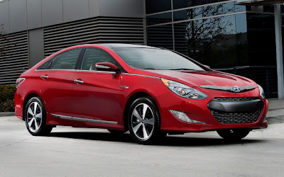 2012 Hyundai Sonata Hybrid Review Price and Specifications.