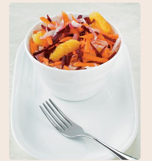 insalata antiossidante di arance, carote e barbabietole
