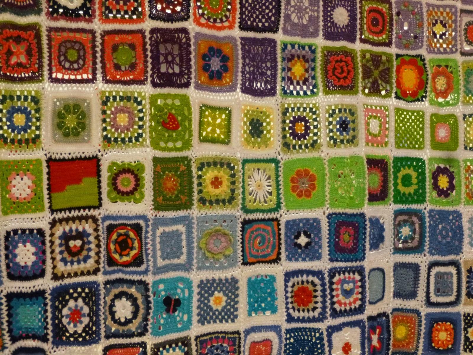 Häkeln im Quadrat: Benefizdecke 2015 - Crochet for Charity
