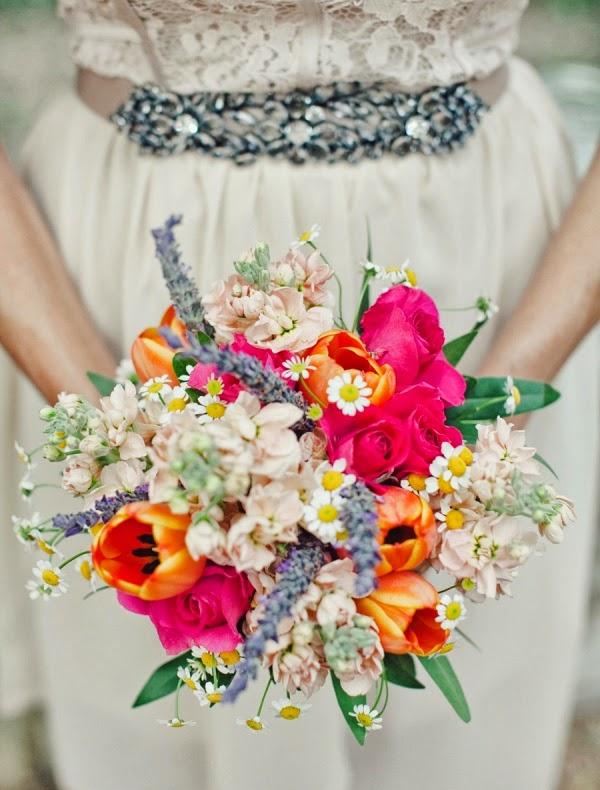 ramos de novia con color