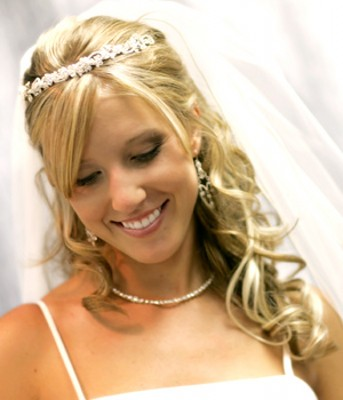 Bridal Hair Styles on Short Hair Styles  Wedding Hair Styles