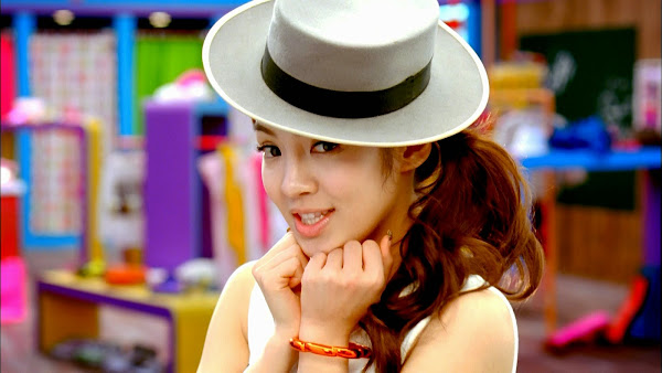 SNSD Gee Hyoyeon