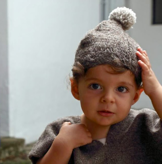 Handmade chunky knits of natural wool for Maravilla kidswear collection
