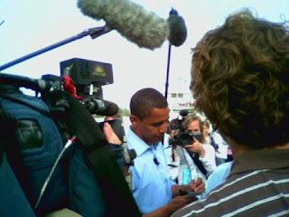 http://3.bp.blogspot.com/-5Ya9JTuuuU4/UZsB_dJFwNI/AAAAAAAAL2E/nwjsNqUaxcU/s1600/obamascrum.jpg