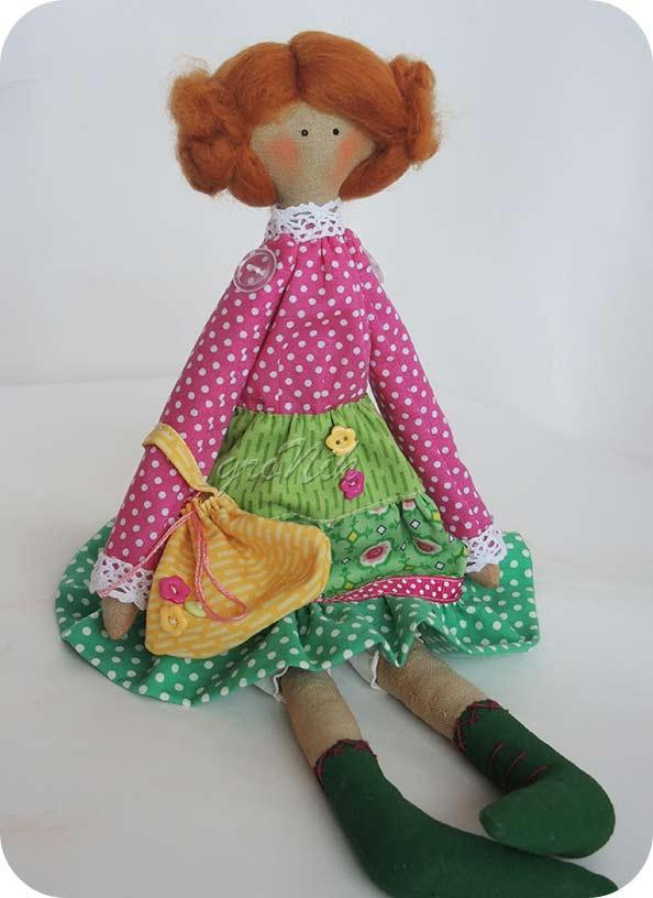куколка маленькая