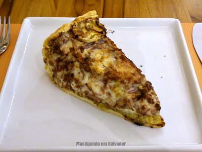 Pereira Café: Torta de Carne Seca, Catupiry e Banana da Terra