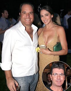 Simon Cowell's Baby-Mama-to-Be and Husband Reach Divorce Settlement