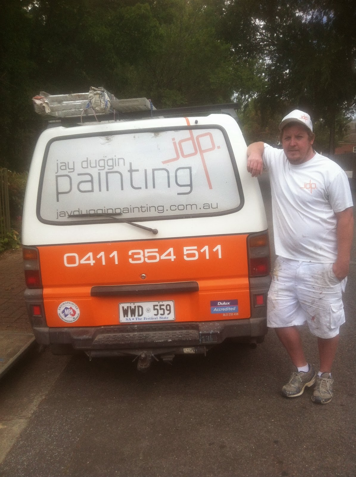 How to find a painter and decorator in Adelaide