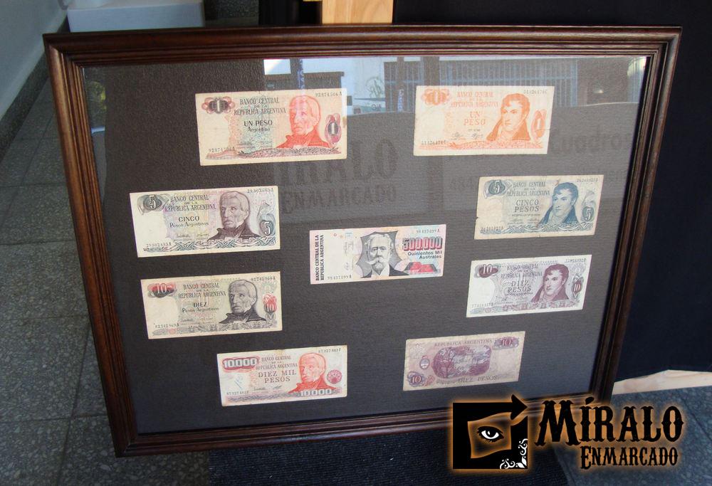 Enmarcado de monedas y billetes antiguos