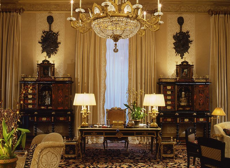 loveisspeed paris residence by alberto pinto interiors. Black Bedroom Furniture Sets. Home Design Ideas