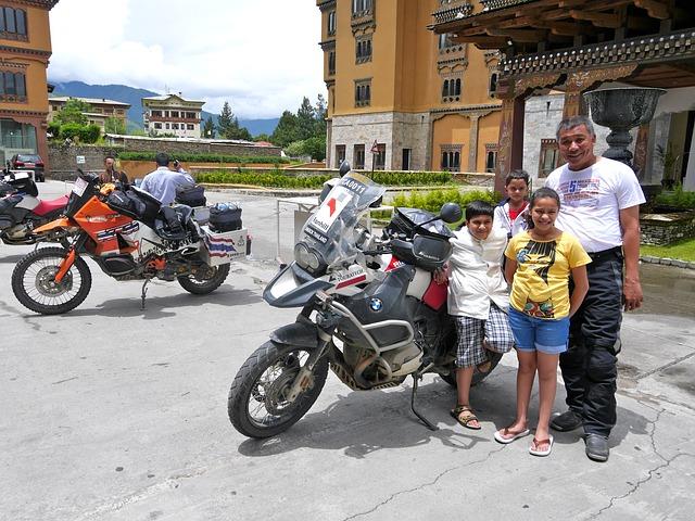 Motor di Bhutan