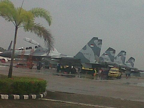 Pesawat Sukhoi TNI AU Usir Pesawat Tempur Singapura di Kepulauan Riau