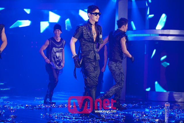 Mnet-HJL-Official-21.jpg (640&#215;427)