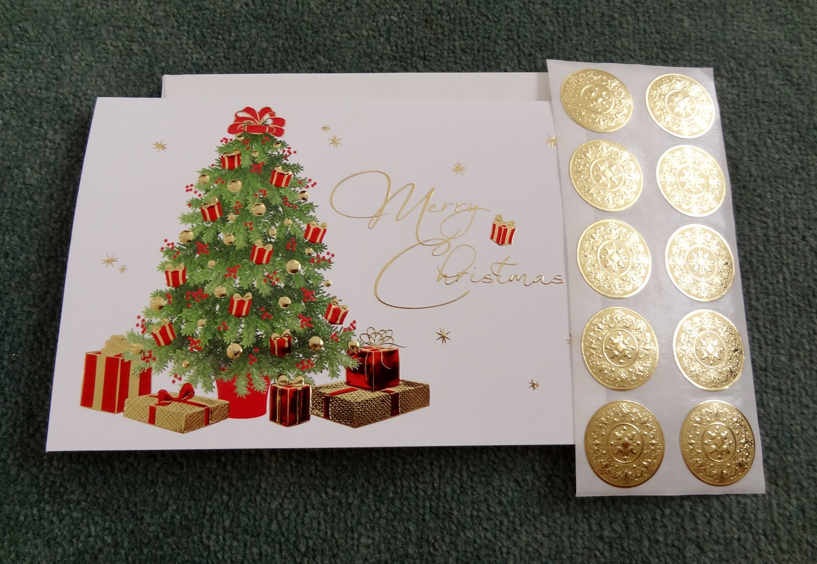 Trying to Stay Calm!: The Gallery Collection Christmas Cards Review...