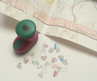 Wedding table confetti - map