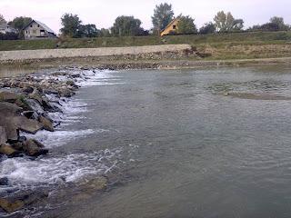 pescuit la clean pe râul suceava
