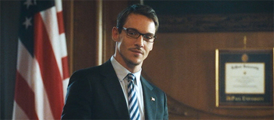 Jonathan Rhys Meyers als James Reese