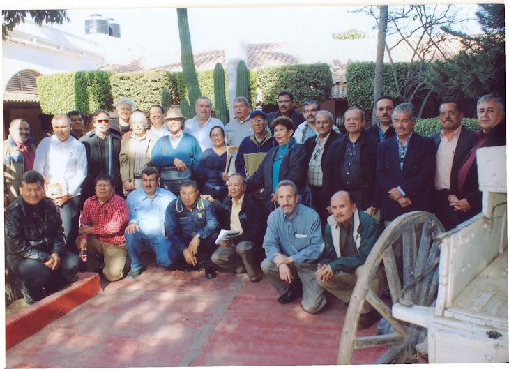 Miembros de la Asociación de Cronistas e Historiadores de Sinaloa AC